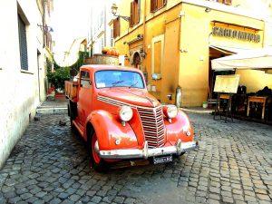 car-1060729_1920